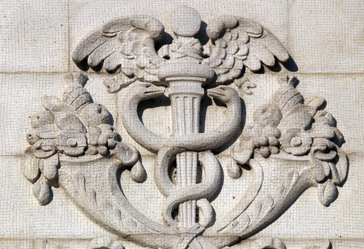 Servicios De Cuidado De Salud | Nashville | Servicios de Vacunación | Pediatría | Contacte a Clinica de Cuidado de Salud